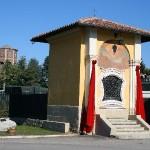 Cappella di San Martino e sullo sfondo il Torrione