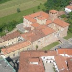 Veduta aerea del Castello Visconteo nella sua maestosità.