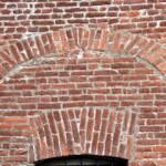 Particolare delle antiche aperture ad arco