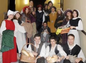 Il gruppo di studenti dell'ITC Tosi al Castello Visconteo di Fagnano Olona