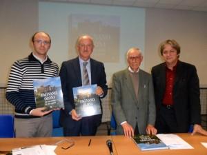 Paolo Bossi della Pro Loco di Fagnano Olona, l'autore Marco Roncari, il Prof. Mascheroni e l'editore Rocco Andrisani