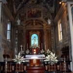 L'altare in tutto il suo splendore