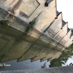 Edifici industriali lungo il corso del fiume
